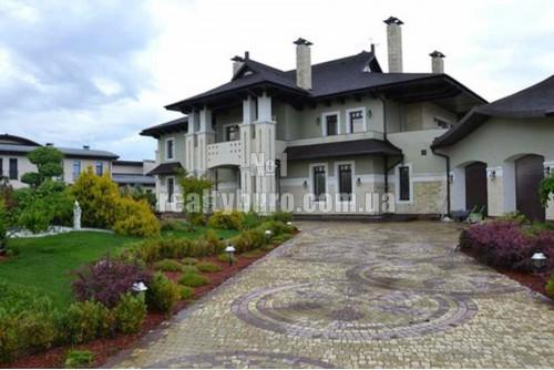 Новый дом в городке «Альбатрос » на дамбе