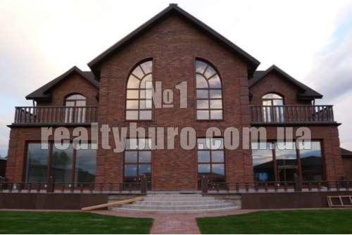 Новый дом с классическим ремонтом
