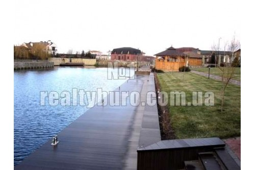 Уютный дом в городке «Днипрова хвыля»